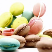 Macarons - Macarons de chocolate e pistache.